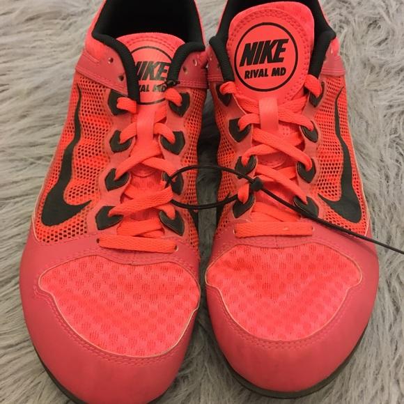 Nike track shoes 8 women